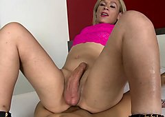 Hot blonde tranny fucked in her asshole