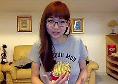 Harriet Sugarcookie's latest vlog
