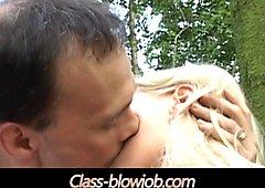 Големи цици блондинки смучене и език в ануса до край на лицето серма